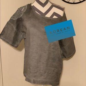 """Korean Linen shirt by """"Jilemma"""" gray and crochet."""
